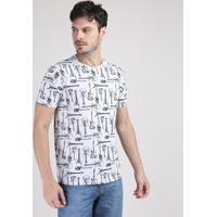 Camiseta Masculina Estampada De Guitarras Manga Curta Gola Careca Cinza Mescla Claro