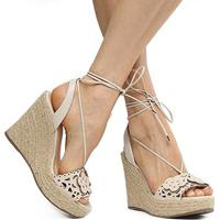 Sandália Anabela Couro Shoestock Flores Feminina - Feminino-Off White