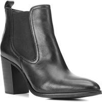 Bota Chelsea Shoestock Couro Salto Alto Feminina - Feminino-Preto