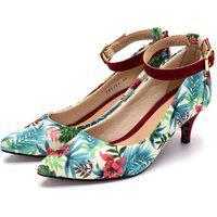 Sapato Scarpin Com Laço Salto Baixo Fino Em Tecido Floral Branco