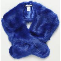 Echarpe Em Pelúcia Com Transpasse- Azul- 20X130Cm