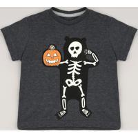 Camiseta Infantil Halloween Esqueleto Brilha No Escuro Manga Curta Cinza Mescla Escuro