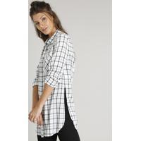 Camisa Feminina Longa Estampada Xadrez Com Bolso Manga Longa Off White