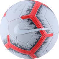 fa4bb244c2 Bola De Futebol De Campo Nike Strike Fa18 - Cinza Cla Vermelho