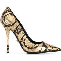 Versace Scarpin Estampado - Dourado