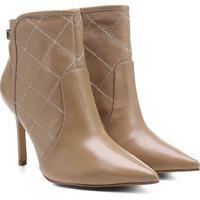 Bota Couro Shoestock Bico Fino Curto Matelassê Feminina - Feminino-Nude