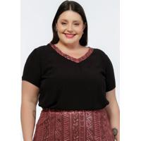 Blusa Plus Size Preta Com Paetês No Decote