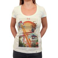 Liberdade Fields Forever - Camiseta Clássica Feminina