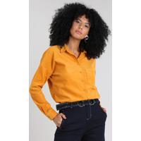 Camisa Feminina Em Veludo Cotelê Com Bolso Manga Longa Mostarda