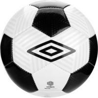5a5783a6ac3c7 Dafiti  Bola Futebol Campo Umbro Neo Cvn Branca E Preta