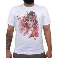 Taurina - Camiseta Clássica Masculina
