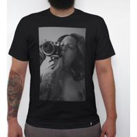 Intimitades Analógicas - Camiseta Clássica Masculina