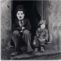 Quadro Charlie Chaplin Menino Uniart Preto & Branco 30X30Cm