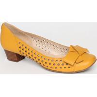 Sapato Tradicional Em Couro Com Vazados - Amarelo Escurojorge Bischoff