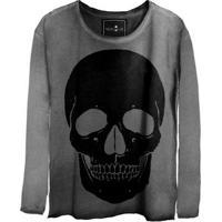 Camiseta Estonada Gola Canoa Manga Longa Black Skull