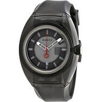 364bce495f2 Farfetch  Relógio Gucci Masculino Borracha Cinza - Ya137111