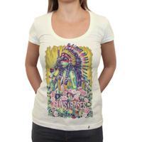 Girl Guns And Roses - Camiseta Clássica Feminina
