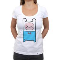 Cuti Finn - Camiseta Clássica Feminina