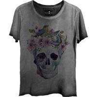 Camiseta Estonada Gola Canoa Corte A Fio Watercolor Skull