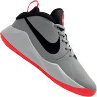 Tênis Nike Team Hustle D 9 - Infantil - Cinza/Preto