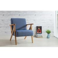 Poltrona Moderna De Madeira Com Pés Palito Estofada E Com Braços Azul Claro - Verniz Amendoa \ Tec.930 - Anis 72X76X85 Cm