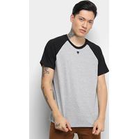 Camiseta Cavalera T Shirt Raglan Colorida Masculina - Masculino-Preto