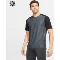 Camiseta Nike Tech Pack Masculina