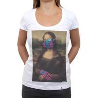 Mona Lambe - Camiseta Clássica Feminina