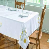 Toalha De Mesa Dourados Enxovais Dalia 2,20X1,40 Branco/Amarelo,