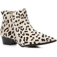 Bota Cano Curto Shoestock Bico Fino Pelo Feminina - Feminino-Branco+Preto