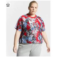 Plus Size - Camiseta Nike Sportswear Hyperflora Feminina
