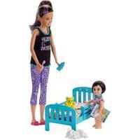 Boneca Barbie - Babysitter - Conjunto Babá - Skipper Com Caminha - Mattel