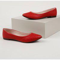 Sapatilha Feminino Moleca Bico Fino Com Textura Tressê Vermelha