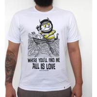 All Is Love - Camiseta Clássica Masculina