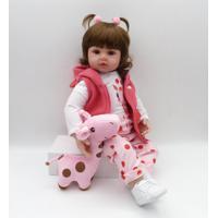 Boneca Bebê Reborn Realista Com A Girafinha Cabelo Curto - 48Cm