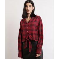 Camisa Feminina Cropped Estampada Xadrez Com Nó Manga Longa Vermelha