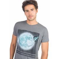 T-Shirt Estampada Mc Toca Discos Grafit