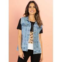 Colete Jeans Claro Com Cavas Desfiadas