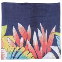 Lenço Pashmina Azul Escuro C/ Estampa Floral E Folhagens Verde Viscose 100X100 Cm