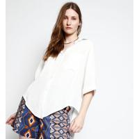 Camisa Com Bolsos - Off White- Ahaaha