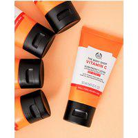 Amaro Feminino The Body Shop Loção Hidratante Facial Fps 30 Vitamina C - 50Ml, Neutra
