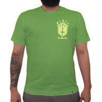 cd4304a3f7 Cbf (Brasão Amarelo) - Camiseta Clássica Masculina
