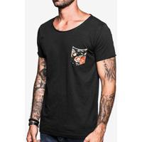 Camiseta Gola Canoa Preta Bolso Floral 103481