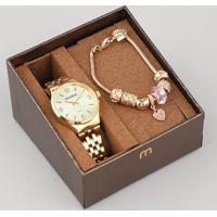 c1972d54692 Kit De Relógio Analógico Mondaine Feminino + Pulseira - 53725Lpmgde1Ka  Dourado - Único