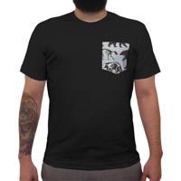 Urso Pira - Camiseta Clássica Com Bolso Masculina