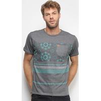 Camiseta Hd Especial Hidden Flowers Masculina - Masculino-Cinza