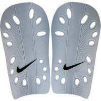 Caneleira Nike Sp0040 J Guard 43276017