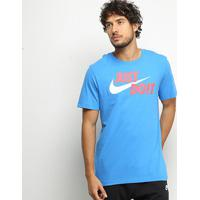 Camiseta Nike Estampa Just Do It Swoosh Masculina - Masculino-Azul+Branco