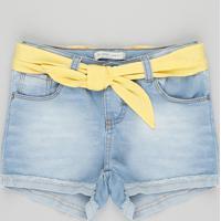 Short Jeans Infantil Com Lenço Com Barra Dobrada Azul Claro