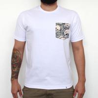 Skulls - Camiseta Clássica Com Bolso Masculina